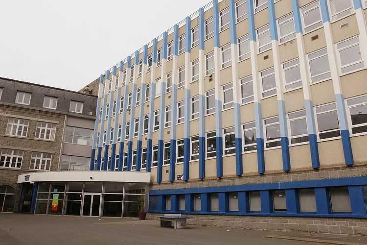 Page d''accueil du site internet du Collège St Pierre à Plérin